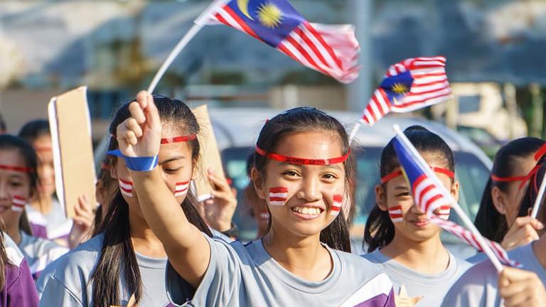 Pop Info Jun-Dec 2017 – Ageing Phenomenon : Malaysia Towards 2030